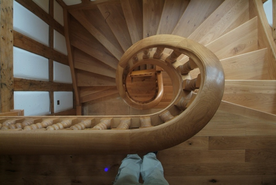 Meer-End Joinery | Curved StaircasesMeer End Joinery | Bespoke ...