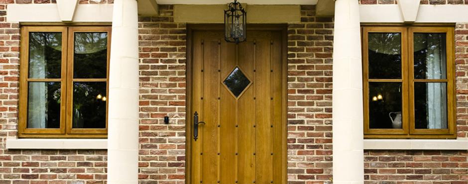 door-banner2
